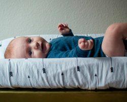 Cambiadores de pañales para bebés para baños públicos