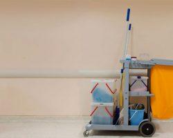 Accesorios de limpieza profesional para almacenes y oficinas